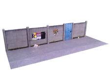 6ft CONCRETE LINESIDE FENCING CARD KIT OO GAUGE HORNBY MODEL RAILWAY KX027-OO