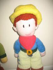 """Cowboy tricoté à la main hauteur 42 cm (16.5"""") lots de détail"""