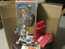 RARE WHITE WHEELED 1973 Ideal Evel Knievel Stunt Cycle w/ Box Launcher & Figure