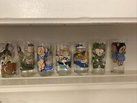Lot Of 7 Vintage 1973& 1976, & 1979 Looney Toon Glasses