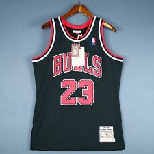 100% Authentic Michael Jordan Mitchell & Ness 97 98 Bulls Jersey Size 40 M Mens