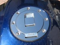 YAMAHA MIRROR POLISHED STAINLESS STEEL PETROL FUEL CAP COVER XJR FZR FAZER R1