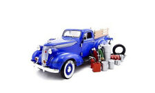 1937 STUDEBAKER PICKUP BLUE DIECAST W/ACCESSORIES 1:24 BY UNIQUE REPLICAS 18561
