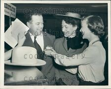 1952 Calgary Alberta Mayor Donald Mackay in NYC For Conference Press Photo