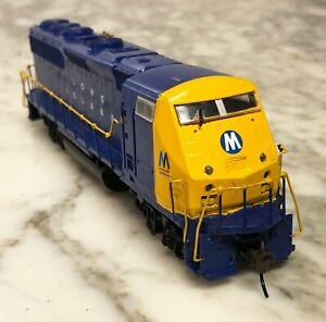 Athearn HO Long Island AMD 103-40 Kitbashed & Painted Diesel Locomotive Fantasy