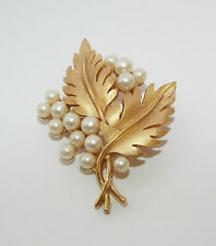 Vintage signed TRIFARI Faux pearl double Leaf pin BROOCH costume jewelry leaves