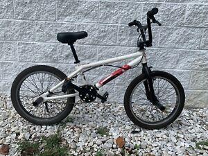 DIAMONDBACK Venom BMX Bike 11in Frame 1 Speed - Nice!!!