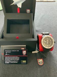Luminox Herren-Armbanduhr SXC PC Carbon GMT Analog Quarz Schwarz *selten* in OVP