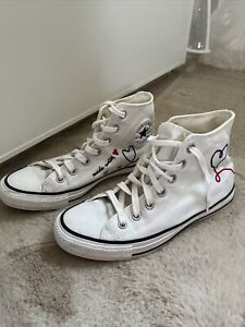 """Limited Edition """"Made with Love"""" Converse Chucks"""