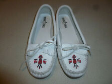 Vintage Minnetonka Moccasin White Leather Thunderbird Beaded Shoes Size 7.5