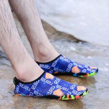 Aqua sapatos Esportes Aquáticos quick-dry descalço meias Exercício De Natação Praia Piscina Fo Homens