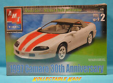 1:25 Amt - 1997 Camaro(R) 30th Anniversary Model Kit(31807)