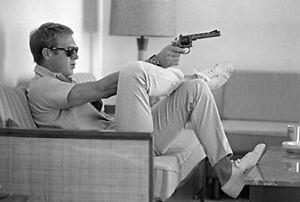 STEVE MCQUEEN - GUN POSTER 24x36 - 36211