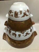 Vintage Pyrex - Americana - Cinderella Nesting Set Tab Mixing Bowl Brown & White