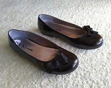 Nina Black Shoes Girl's Size 2