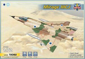 MIRAGE IIICJ (Israël & Argentina)  MODELSVIT 1/72 Plastic Kit
