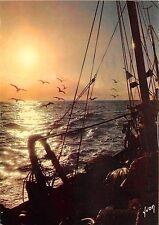 BR3177 Peche en Mer fishermans   france