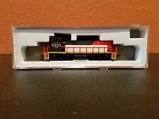 ATLAS N SCALE #40002557 MP15DC LOCO NDEM RD #8805 DDC EQUIPPED