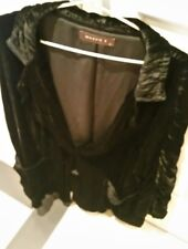 LADIES BLACK VELVET JACKET BY MAGGIE T  SIZE 12 NEW RRP $199.95 FREE POST