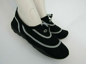 NEW TWF Adult Wet Aqua Shoes-Black/Silver, Surf, Paddleboard, beach, waterpark