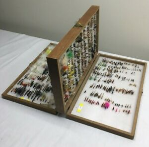 HUGE COLLECTION LOT OF 600+ FLIES FLY FISHING IN BOX - NEW,USED & VINTAGE MIXED