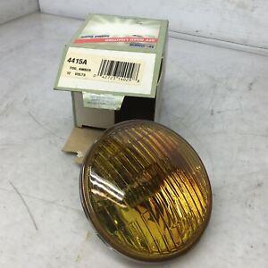 Wagner 4415A Amber Fog Light 12V