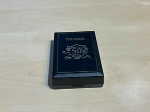 Manchester United One United Busby Babes 50th Anniversary Badge & Keyring + Box