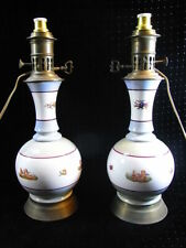 ANCIENNE PAIRE LAMPE PETROLE MODERATEUR PORCELAINE ANGELOT CHERUBIN OIL LAMP