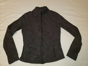 LULULEMON Running JACKET Gray Heather Full Zip Pockets Thumb holes Size 6