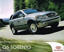 2006 Kia Sorento SUV Catalog / Folleto con Tabla de Colores, '06