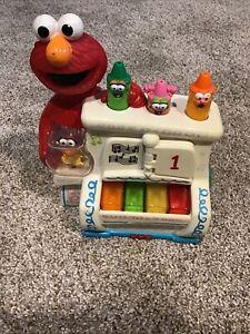 Mattel 2002 Sesame Street Elmo's World Play and Pop Piano Musical Lights Up