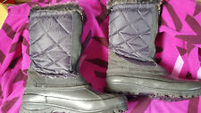 Bass Ladies Duck Boots 'Frosty' Leather Quilted Zip Fur Lined Grey Size 7 EUC