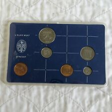 NETHERLANDS 1982 5 COIN MINT SET WITH MINT CHIP - cased