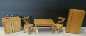 DOLLHOUSE VINTAGE WOOD KITCHEN TABLE CHAIRS SINK AND REFRIGERATOR ADORABLE