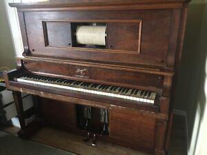 Piano / pianola . Playing piano ! No reasonable offer refused