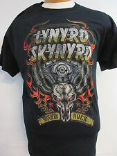 NEW - LYNYRD SKYNYRD BAND / CONCERT / MUSIC T-SHIRT MEDIUM