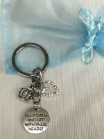 ALICE IN WONDERLAND THEME KEEP CALM AND OFF WITH THEIR HEADS KEYRING +GIFT BAG