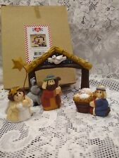 Eddie Walker Midwest of Cannon Falls Small Nativity Set 4 Pc Figurines with Box