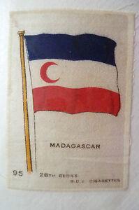 28TH SERIES SILK- MADAGASCAR FLAG- B.D.V. CIGARETTES SILK (APX.6.6X4.6cm)