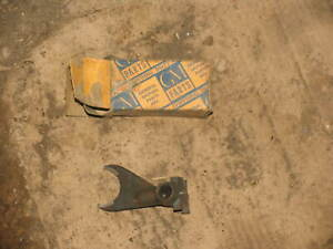 GM 590582 1933-1936 Chevrolet 2nd And 3rd Speed Gearshift Yoke