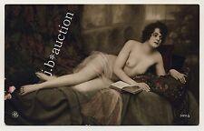Petite reading nude woman satin femme nue à lire * vintage 10s photo #2 pc
