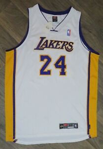 KOBE BRYANT Lakers #24 WHITE NIKE Authentic ON-COURT JERSEY Size 52  XXL New NWT