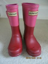 HUNTER GIRLS PINK / RED WELLIE BOOTS SIZE 7 ( FIRST SIZE )