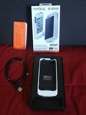 Eton NSP300W Rechargeble Battery Case with Solar Panel For Iphone 4 /4S White