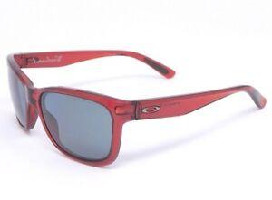 Oakley FOREHAND Sunglasses OO9179-07 Cherry Red/ Grey Polarized lenses *SAMPLE*