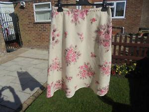 boden 100%  linen floral skirt size 14 reg  beige+ multi-floral colour WG155