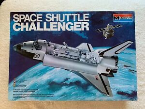 1979 Monogram Space Shuttle Challenger 1/72 Scale Plastic Model Kit #5702