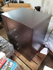 Giorgetti four drawer walnut cabinet - Italian made