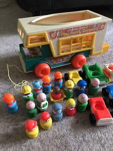 Vintage Original Fisher Price Play Family Little People Camper Van 1972 Figures