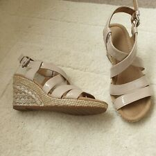 Gabor beige patent leather sandals size 4